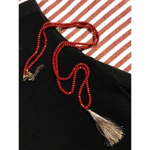 Jewelry - Gray / sliver tassel necklace with red beads